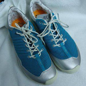 NWOT Ecco Biom Train Natural Motion Turquoise Shoe